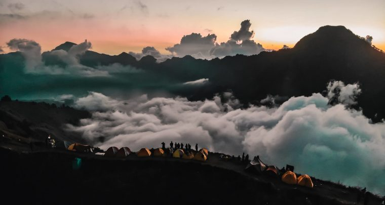 Het beklimmen van de Rinjani vulkaan